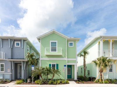 Photo for Margaritaville Resort Orlando - 3 bedroom/3 bath cottage - 8084 Dreamsicle Drive