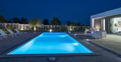 Photo for Chloe, Modern villa with pool, 4 km from Noto and 1 km from the beach.