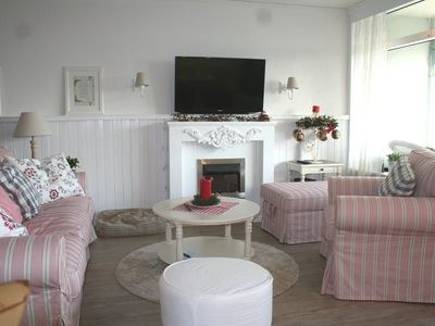 Photo for Unique vacation apartments overlooking the Baltic Sea, 60 m from the beach for 2-4 P., kl. Dog possible