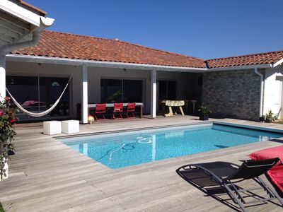 Photo for House of 170 m² heated pool near beaches, Biarritz and golf courses