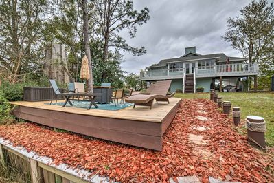 Escape to this Florida vacation rental nestled right on the Escambia Bay!