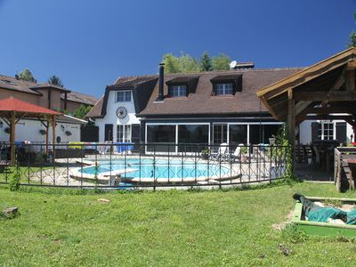 Photo for Spacious individual villa with pool just outside Geneva
