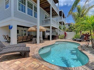Photo for 6 Bed 6.5 Bath 2 minutes to beach **HEATED POOL & STAND ALONE HOT TUB** GARAGE BIKES Free Wifi