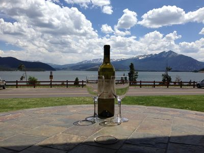 Photo for Luxury Lakeside Getaway, Central To Ski Resorts, Free Wi-Fi