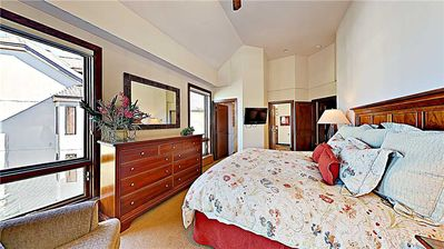 Photo for Spacious Lodging with Convenient Mountain Access to Snowmass