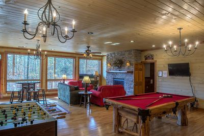 Loaded Game Room with Fireplace, Theater Room, Bar and Deck w/Hot Tub