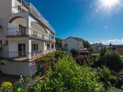 Photo for Holiday apartment with air conditioning, SAT-TV, sea view, internet and barbecue