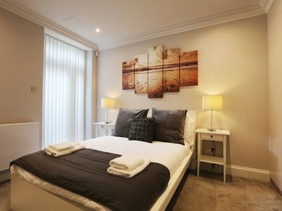 Photo for Ongar AA · Glamorous Two Bed Apartment On Ongar Road