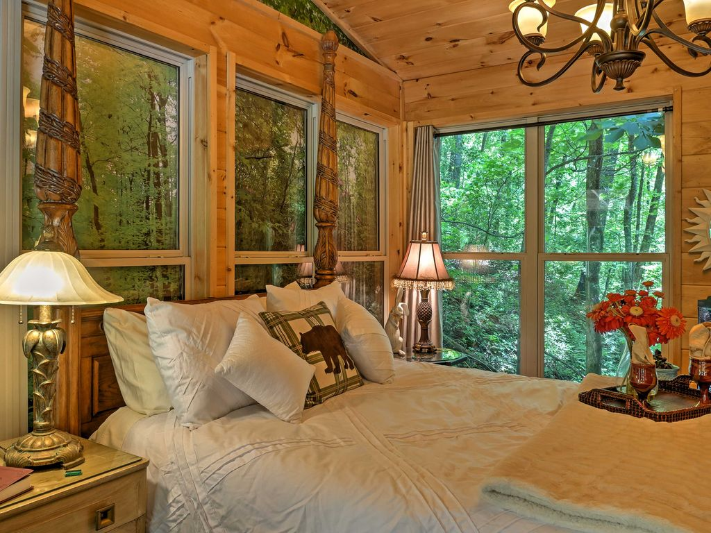 NEW! 1BR Tree House Cottage on Lookout... - HomeAway Valley Head
