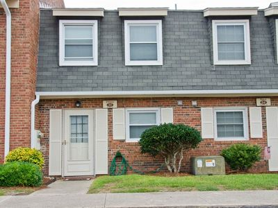 Photo for Great 2 Bdrm....Steps To The Beach And Pool, Park At The Door