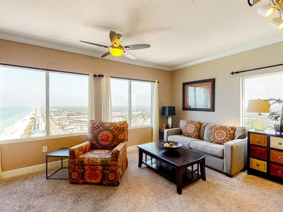 Photo for 25th-floor condo at gulf-front resort w/ shoreline views, pools & hot tubs!