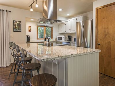 Photo for Modern and Charming Home in Quiet NW Bend Neighborhood