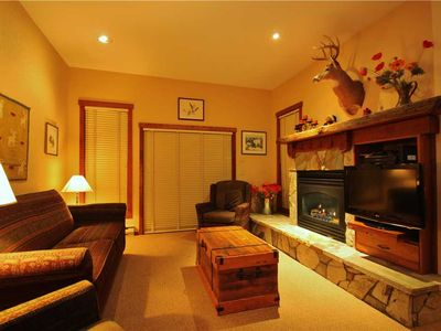 Photo for Ski-in/ski-out condo with wrap around deck, access to pool, hot tub and BBQ, free wifi: S101