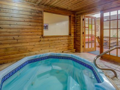 Photo for Family-friendly condo w/ shared hot tub, sauna - close to the lake and slopes!