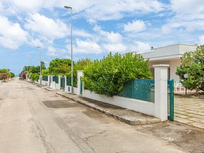 Photo for Villa Nettuno 150 meters from the beach in Puglia. Garden, wifi, pets yes