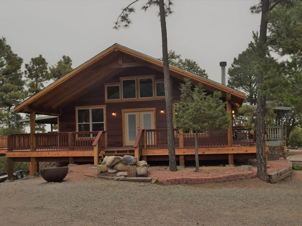 Ruidoso holiday house your relaxation getaway message me for Getaway deals near me