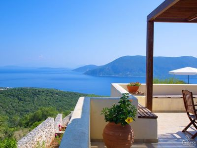 Photo for 3 bedroom Villa, sleeps 6 in Katsaráta with Pool, Air Con and WiFi