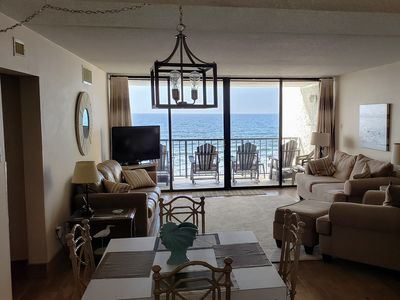 Photo for Spacious Oceanfront Condo