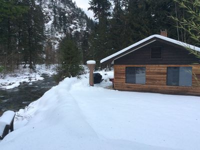 Photo for Cozy cabin on the Creek