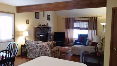 Photo for Cozy 3 BR, 2 bath home in a lake community w/amenities! Booking Fall Sept/Oct!