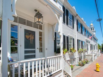In Town, Luxurious & Stunning Home w/ Pvt Pool,Walk to Everything + Housekeeping