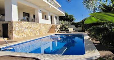 Photo for Beautiful villa for rent with spectacular sea views