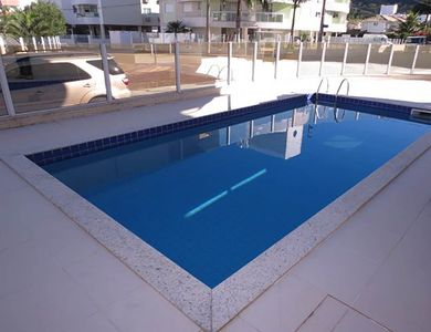 Photo for Large apartment with 3 suites and pool!