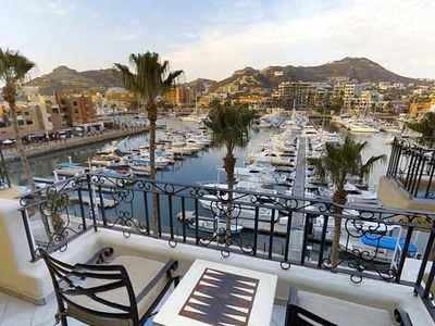 Photo for Mesmerising water front 1BR Suite in Cabo SanLucas