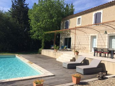 Photo for Paradou quiet house with pool and garden near Baux de Provence