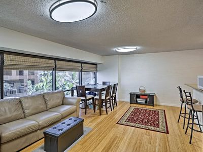 Photo for Cozy Downtown Honolulu Apt w/ Pool Access by HPU!