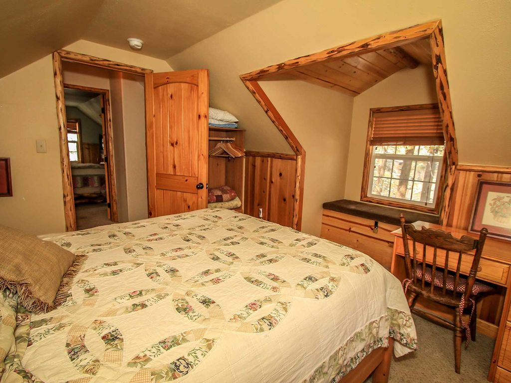 Nine Pines Lodge 4 Bedroom Log Cabin Moonridge Big Bear