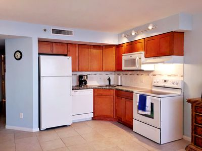 Updated OCEANFRONT 1Br - Myrtle Beach. Remodeled on The Golden Mile