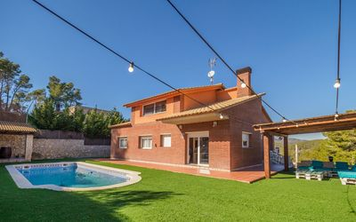 Photo for Mas Mestre, elegant and spacious villa in Olivella