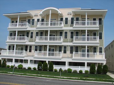 Photo for Top Floor Oceanfront Condo, Excellent Location with Great Views!