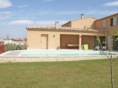 Photo for Luxury villa with heated private swimming pool in grounds walking distance from Malaucène