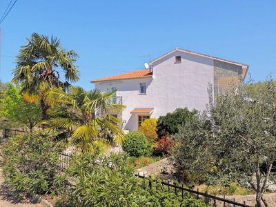 Photo for Spacious Apartment - swimming pool, private terrace, parking place, barbecue