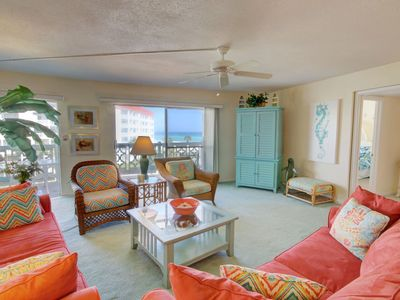 Photo for Great 4th Floor Condo w/ Gulf and Pool Views, Balcony & More!