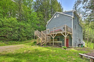 Breathe in the fresh forest air at this Jay cabin!