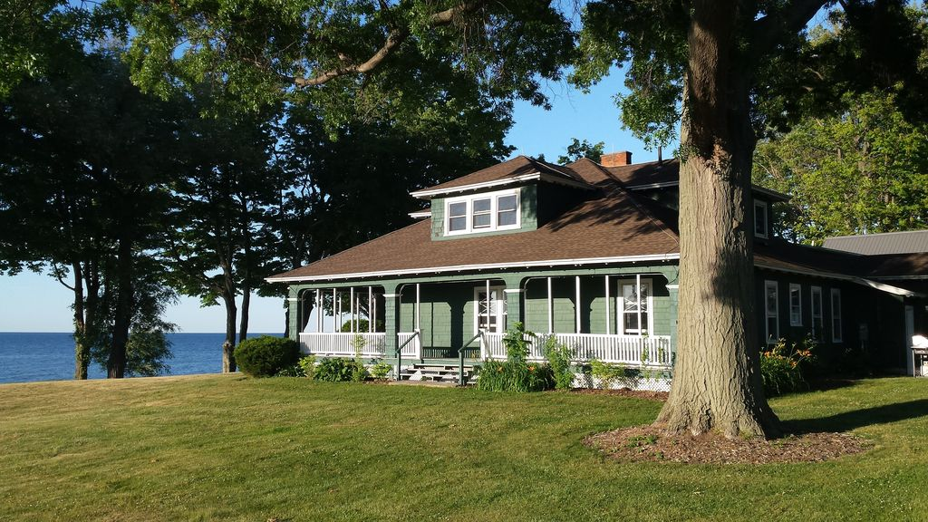 5 Bedroom Historic Ontario Lakefront Home The Cottages At