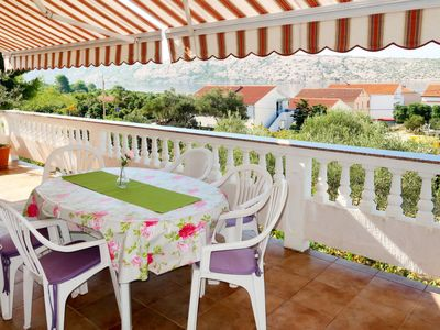 Photo for Apartment Matius (RAB105) in Rab/Rab - 8 persons, 3 bedrooms