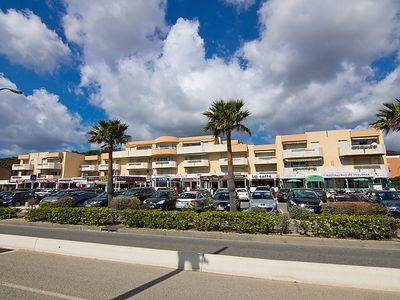 Photo for One bedroom Apartment, sleeps 4 in Cavalaire-sur-Mer with Air Con and WiFi