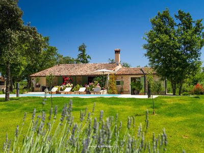 Photo for Charming countryside villa with private pool