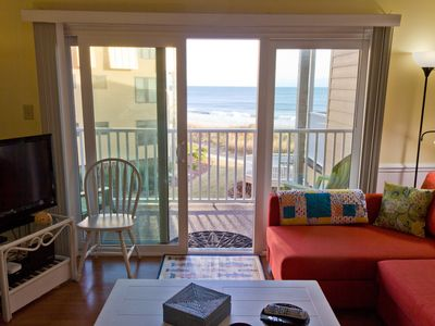 Photo for You deserve a sweet beachfront retreat! Great views, steps to beach.