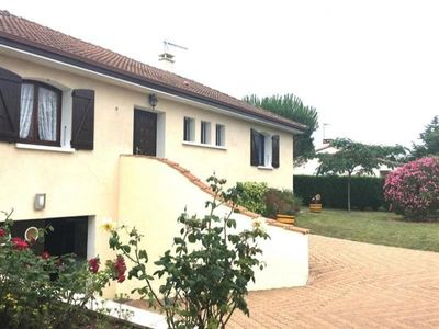 Photo for Villa Saint-Vincent-sur-Jard, 3 bedrooms, 8 persons