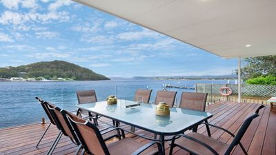 Photo for FERRY VIEW - WATERFRONT ETTALONG BEACH