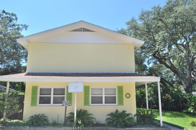 Brightly decorated 2-level townhome w/2 br and 2 baths!