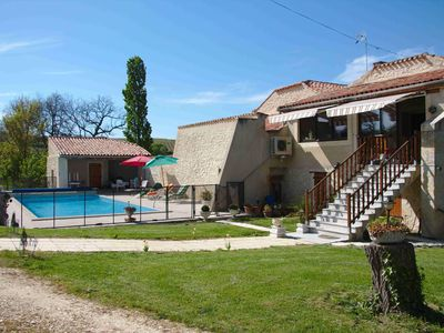 Photo for GITE can hold seven people, fully equipped, and with pool