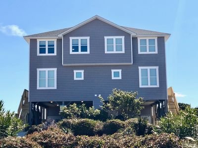 Photo for Sun life - Oceanfront-Secluded-beautiful! Newly decorated! Pool and hot tub too.
