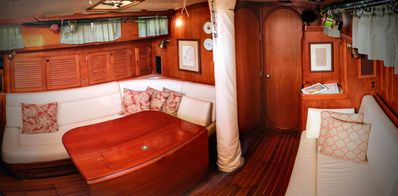 The main saloon has seating for six at the table and extra bunks if needed