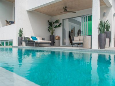 Photo for Luxury villa with infinity edge pool, ocean views and private-access beach